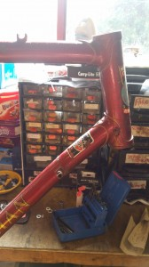 both the top and down tube are bent on this Mercian, also no forks sugest that they are also damaged.