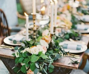 EVENTS TRENDING: TABLE GARLANDS