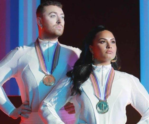 Premieres single with Demi Lovato