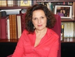 Carmen Martínez lidera la lista socialista de Quart de Poblet con 15 nuevos rostros