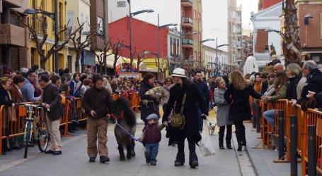 Los pueblos de l'Horta se vuelcan con San Antón