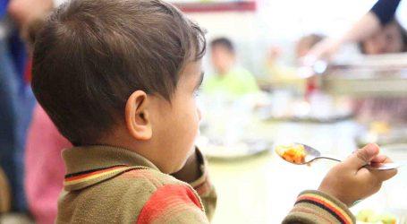 El comedor social de Pascua de Mislata atiende ya a un centenar de niños