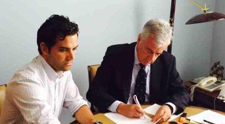 Sagredo se reúne con el Ministerio de Defensa para solicitar la cesión del Acuartelamiento de Paterna