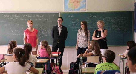 Bielsa visita los colegios públicos de Mislata para comprobar la situación y necesidades de todos ellos