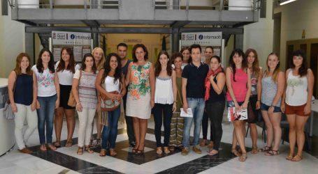 Empiezan a trabajar en Quart de Poblet los 17 estudiantes y titulados del Plan de Empleo Local