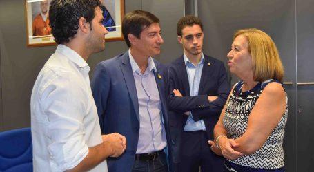 Los alcaldes de Burjassot y Paterna asisten a la presentación del nuevo diploma sobre Drones de la UV