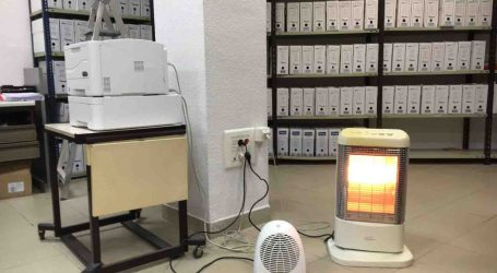 Trabajadores del Juzgado de Mislata se llevan sus propios radiadores para calentarse