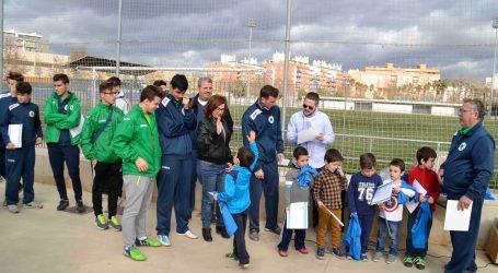 L'Escola Municipal de Futbol d'Alaquàs lliura els diplomes als participants del Campus de Nadal