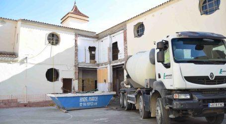 Retoman las obras de reforma del CEIP San Juan de Ribera de Burjassot