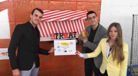 Streat Valencia gana la IV Feria de Proyectos Empresariales del colegio Juan XXIII de Burjassot