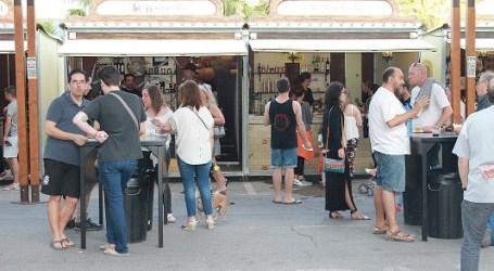 Los vecinos de Alfafar se dan cita en la III Feria de la Tapa y el Comercio