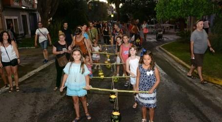 Les xiquetes i xiquets prenen els carrers de Paiporta en les Festes Populars 2016