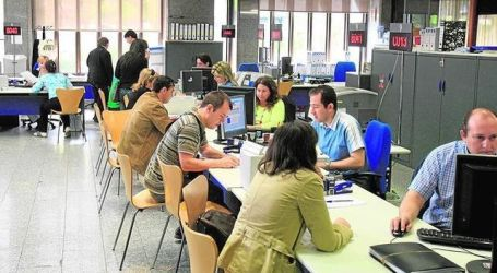 Reclaman más personal en las oficinas de empleo
