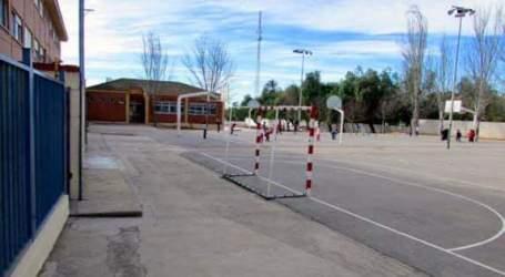 Moncada anuncia la rehabilitación y mejoras de dos de sus colegios