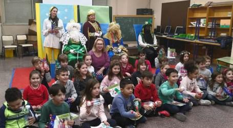 Sedaví va repartir 1240 llibres entre els escolars del municipi