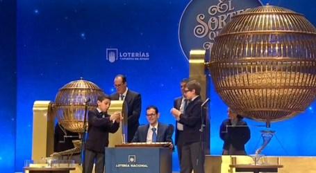 Dos administraciones de Manises reparten un quinto premio