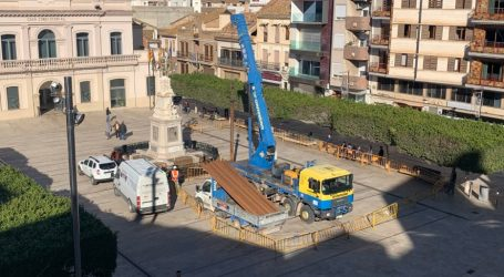 Alfafar inicia las labores de mantenimiento del pozo de la Plaça de l'Ajuntament