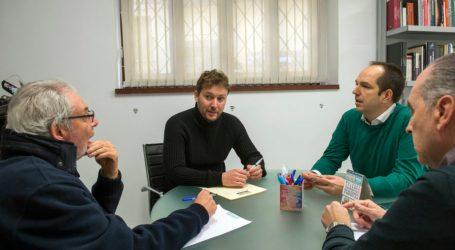 Los alcaldes de Aldaia y Picanya se reúnen con Andrés Campos para conocer las líneas de inversión deportiva de diputación