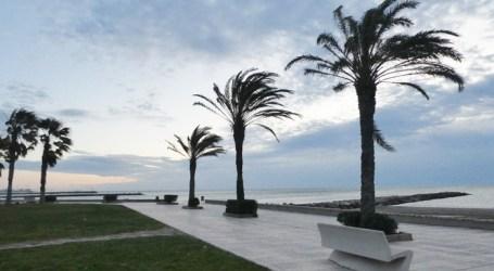 Las rachas de viento en la C.Valenciana, en alerta naranja, llegan a 109 km/h