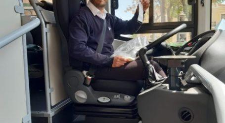 Augmenta la periodicitat de pas de l'autobús de La Pobla de Farnals per a facilitar els desplaçaments a les persones treballadores