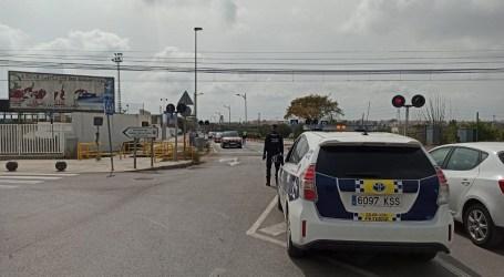 Paterna refuerza el control de accesos a La Canyada para frenar la llegada de visitantes a segundas residencias en Semana Santa