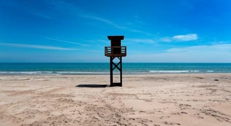 Los paseos con menores incluyen las playas siempre cuando estén a un kilómetro de la vivienda familiar