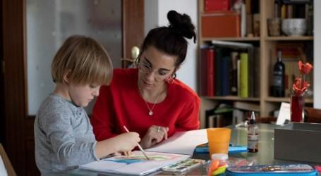 Ansiedad, fatiga mental y culpa: la realidad de las madres que teletrabajan