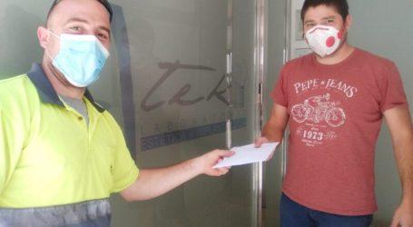Xirivella reparte mascarillas reutilizables a sus 600 comercios