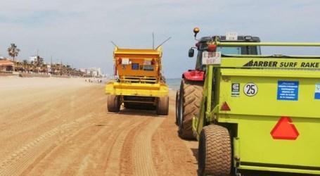 La Diputación comienza la limpieza en las playas de Meliana, Foios y Massalfassar