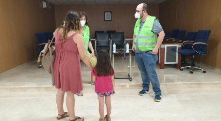 Foios reparteix mascaretes pediàtriques per als xiquets i xiquetes del municipi