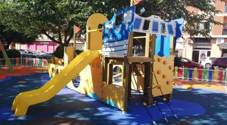 Los niños vuelven a los parques de Paterna