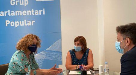 Bonig y Folgado reivindican la reapertura del Consultorio de la calle Santos Patronos de Torrent ante Sanidad