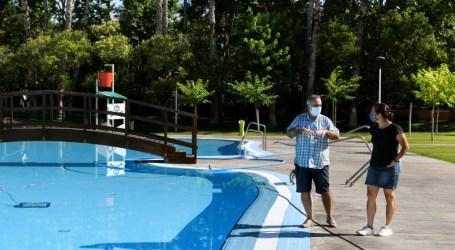 La piscina d'estiu de Paiporta obri les seues portes aquest divendres