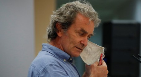 Simón avisa de que prevenir el coronavirus en las aulas requiere inversión