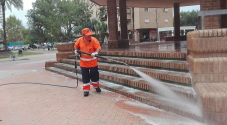 Xirivella refuerza la limpieza urbana ante los brotes