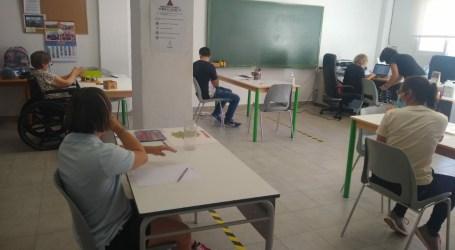 """Vuelve a Rafelbunyol """"Aula taller"""", un servicio para personas con discapacidad"""