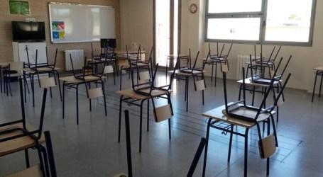 Salud Pública retrasa la vuelta al colegio de una clase de Rafelbunyol, y las aulas de Burjassot y Paterna a la espera de resultados