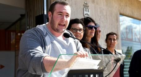 Guillem Montoro deixa la seua acta de regidor d'Igualtat a l'Ajuntament de Paiporta