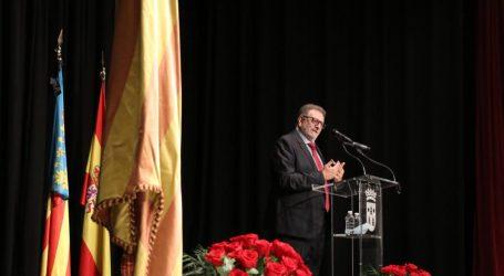 Torrent celebra el Nou d'Octubre con un acto institucional para homenajear a la Real Senyera