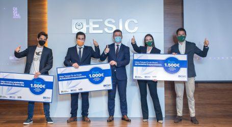 Esic y Caixa Popular entregan los premios a la iniciativa emprendedora y el premio de Investors and Demo Day