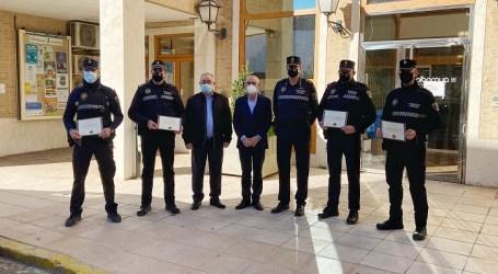 Alboraya reconoce la labor de cinco agentes de la Policía Local
