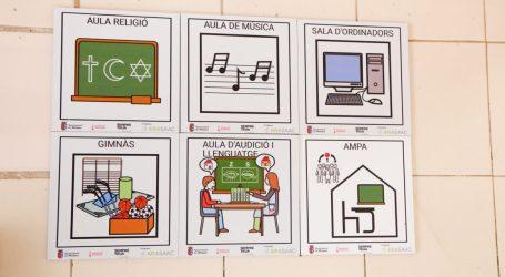 Mislata instala en centros educativos pictogramas para mejorar la seguridad y facilitar la inclusión de las personas con TEA