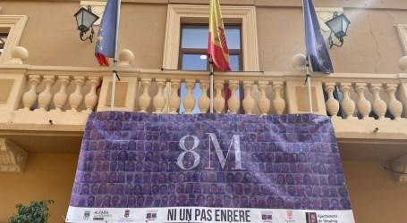 La Mancomunitat del Carraixet crea cartells amb prop de 1.000 imatges de veïns i veïnes en la campanya 'Ni un pas enrere'