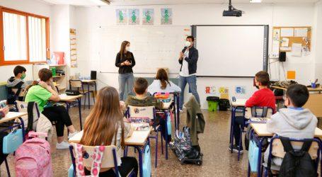 Mislata presenta en los colegios una nueva campaña de sensibilización contra el bullying