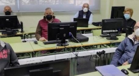Museros retoma los talleres de informática para personas jubiladas y pensionistas