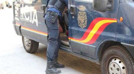 Tres detenidos, uno menor, en Mislata por robar y quemar 14 furgonetas