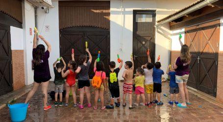 Una festa d'aigua clausura el Ludoespai de Godella fins a setembre