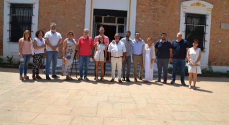El histórico conserje del colegio San Blas de Albal, Salvador Palomares, se jubila tras 43 años prestando sus servicios en el centro más antiguo de la localidad