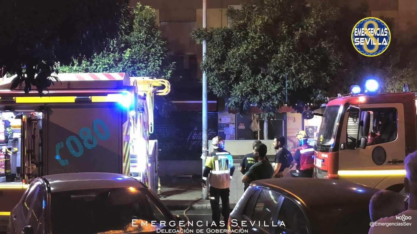 Incendio en un bazar de <a  data-cke-saved-href='https://www.elmira.es/seccion/sevilla/' href='https://www.elmira.es/seccion/sevilla/'                                        title='Sevilla' target='_blank'>Sevilla</a>