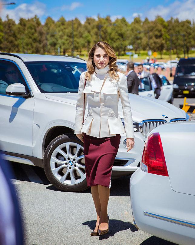 الملكة رانيا العبد الله 3 - موقع المصطبة